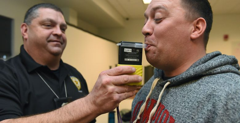 cannabis-breathalyzer
