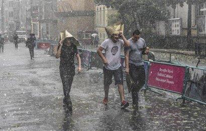 Meteoroloji'den Yağmur ve Fırtına Uyarısı! Türkiye Yağışlı Havanın Etkisine Giriyor
