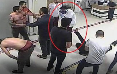 Hastanede Doktorun Yüzüne Tekme Attılar…