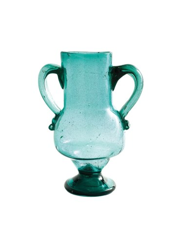Blown glass vase. Andalusia, Spain, early 20 century. Photo: Francois Fernadez, Nice.