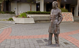 BLM reaches NZ: Capt Hamilton's statue to be removed