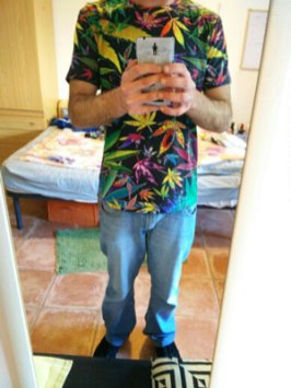 leaves-marijuana-shirt-photo-client-the-higher-shop