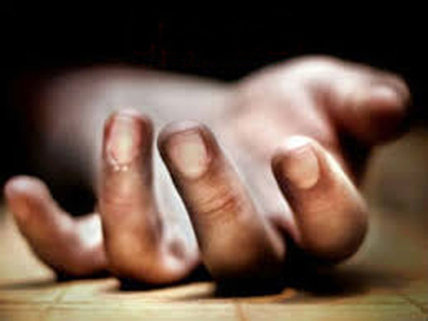 congress party supporter man suicide attempt at vikarabad