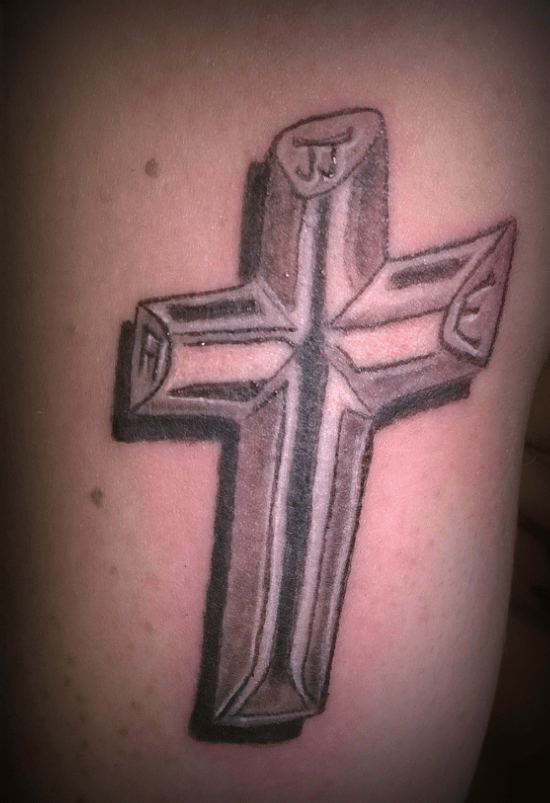 Cross tattoo - tatouage croix