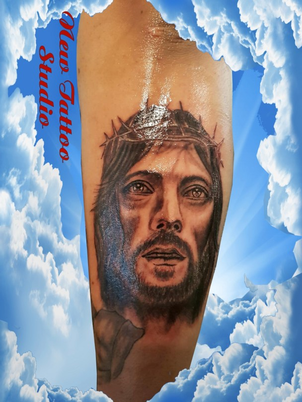 Christ tattoo - Tatouage Jesus Christ