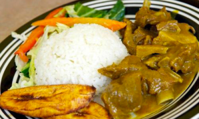 Spicy goat curry with plantain