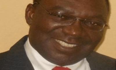Gunmen kill gov's aide, shoot wife