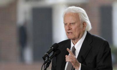 US preacher Billy Graham dies