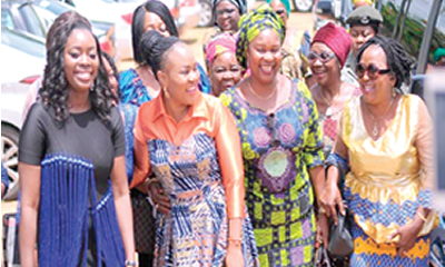 Celebrating Benue women with wrappers, bags of rice