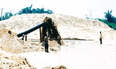 Sand mining damaging Nigeria's shoreline
