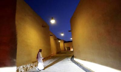 S'Arabia allows foreign men and women to share hotel rooms