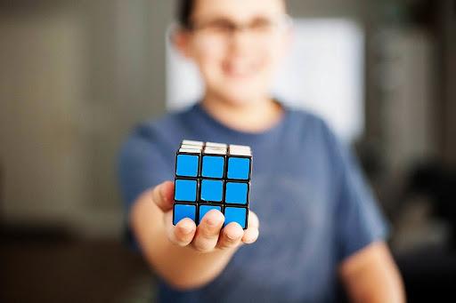 Top interesting Rubik's Cube Solvers