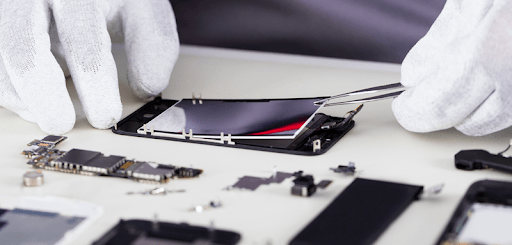 4 advantages of the professional iPhone repair service