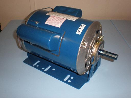 0.75kW, 1.0HP 240V Single Phase, 4-pole, Drip-Proof body