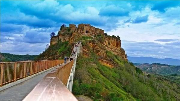 quotDittaturaquot di Civita di Bagnoregio nel turismo made in