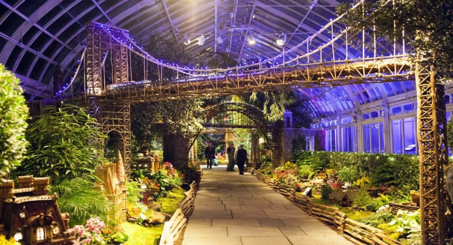 New York Botanical Garden Holiday Train Show | New York by Rail