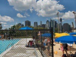 Piscine dans Brooklyn Bridge Park New York  NewYorkCityfr