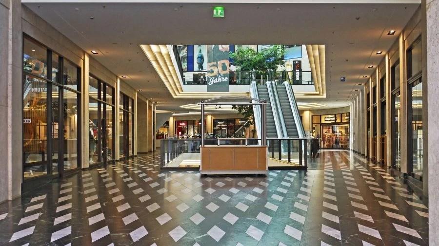 Brick and mortar retailing