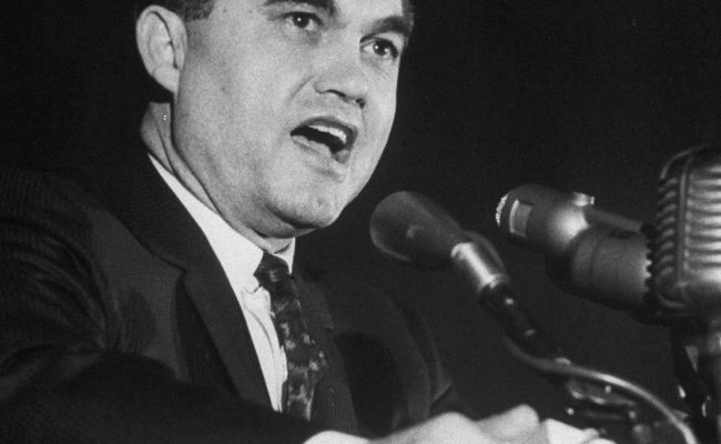 On The Trail With George Wallace The New Yorker