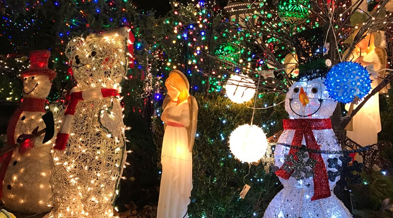 dyker heights christmas lights 2016 - Motorized Christmas Decorations