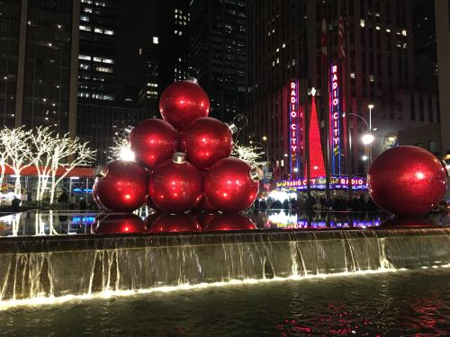 christmas in new york giant red ornaments