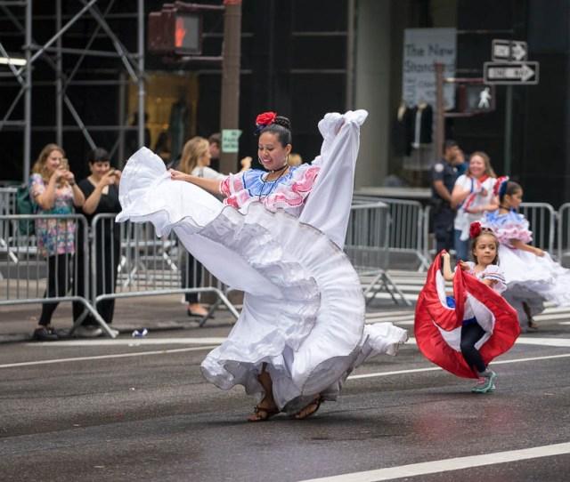 Hispanic Day Parade  Desfile De La Hispanidad