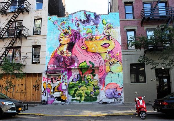 Street_art_building_vespa_NYC.jpg