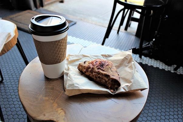 Coffe, gluten-free muffin Manhattanville blog