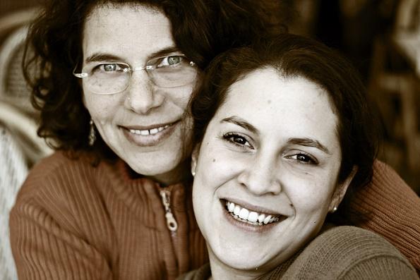 Lesbian_couple