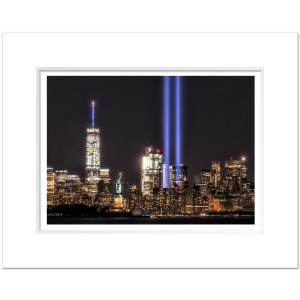 MLC999-Tribute-in-Light-September-11-NYC-Art-Print-Color-MW1620