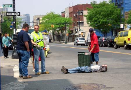 Drunk dude on Manhattan Avenue