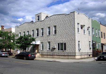 Siamese House