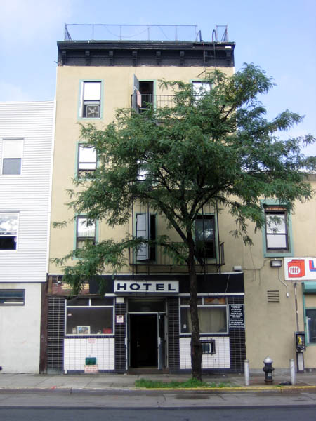 Greenpoint Hotel