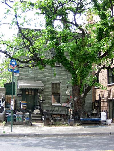 Kingsland Avenue Rat House
