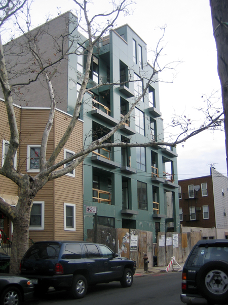 130 Diamond Street