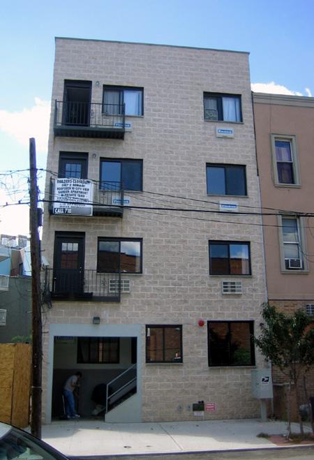 37 North Henry Street