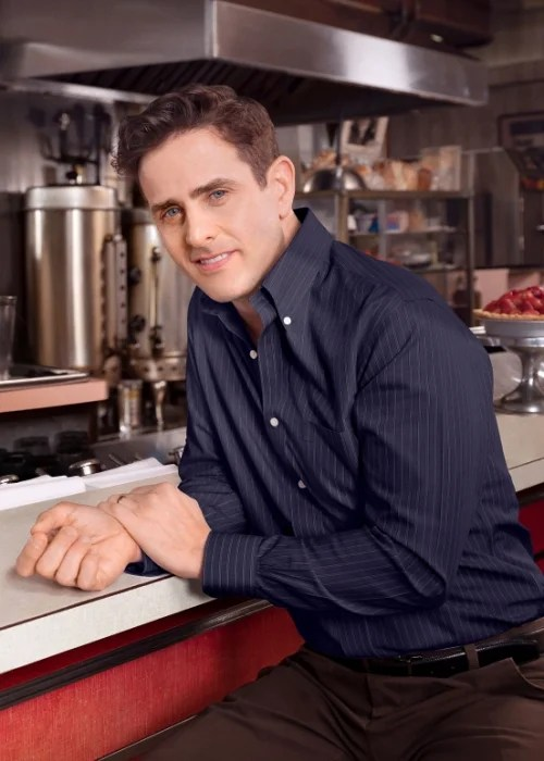 Joey McIntyre debuts in Waitress on Broadway