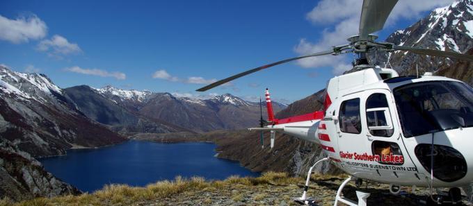 グレイシャー・サザン・レイクス・ヘリコプターズ・クィーンズタウン   Activities & Tours in クィーンズタウン, ニュージーランド