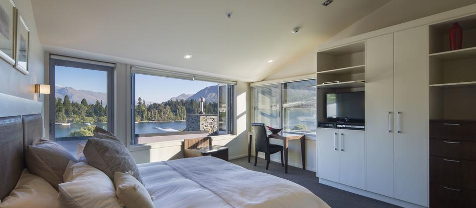 Shotover Penthouse Accommodation In Queenstown New Zealand