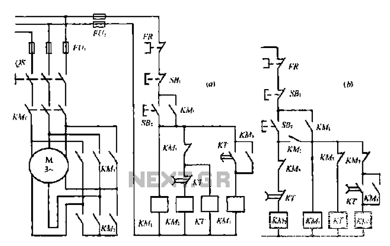 A star-delta switch automatically a start-up circuit under