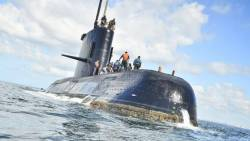 Missing submarine: Argentina dismisses admiral