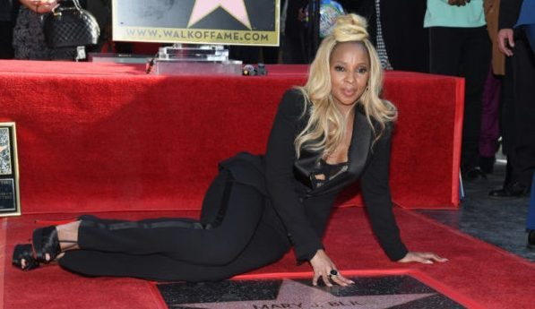 Mary J. Blige gets a star in Hall of Fame