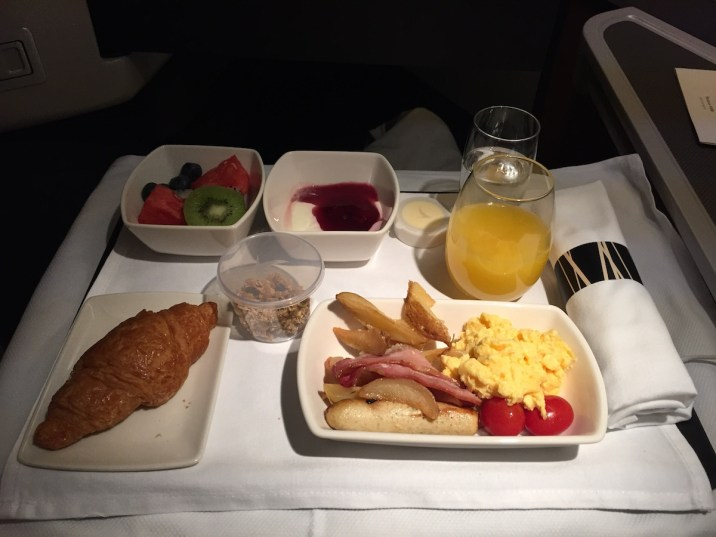 Cathay Pacific Business Class - Breakfast trail