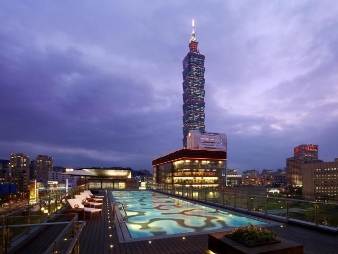 Humble House Taipei rooftop pool