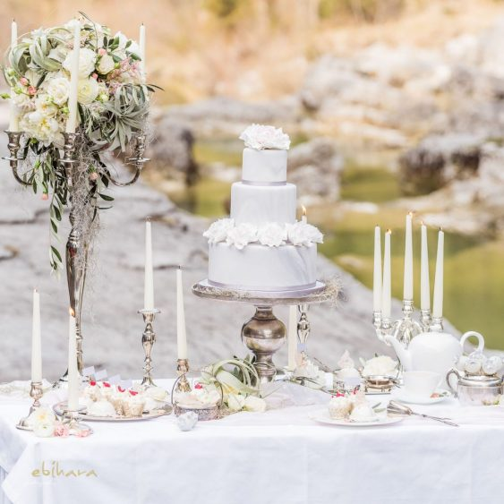 Beautiful Forever Styled Shooting: Concept – Wedding Dreams Salzburg, Fotos – Ebihara Photography, Flowers – Lidwina Blumen, Papeterie – Tiwa Design, Story – Schöngeist