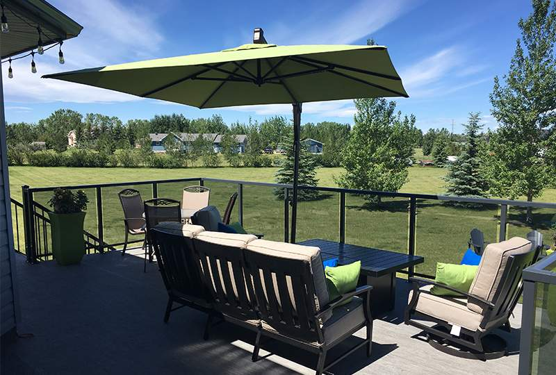 Wells Deck - Custom Deks Calgary, Alberta from National Fence and Deck