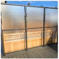 privacy glass wind wall