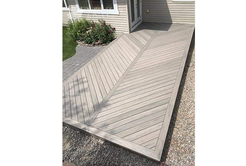 Timbertech composite deck in color Driftwood