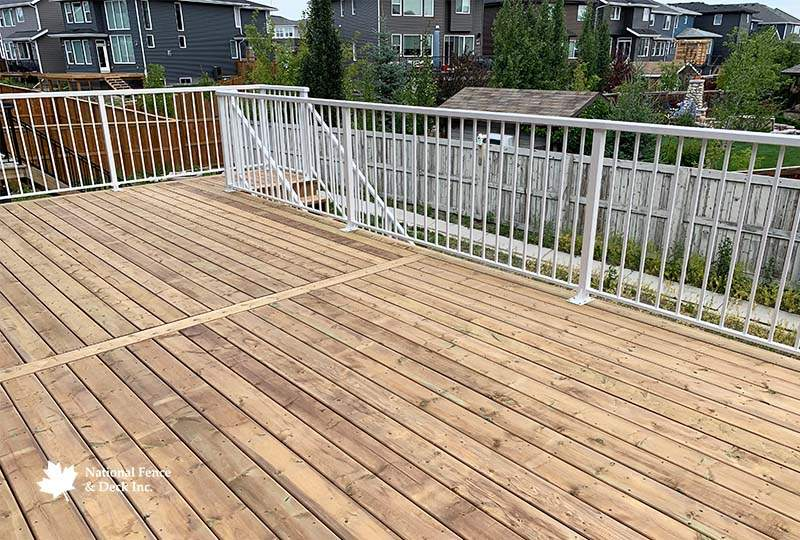 Pressure Treated Deck With Aluminum Picket Railing