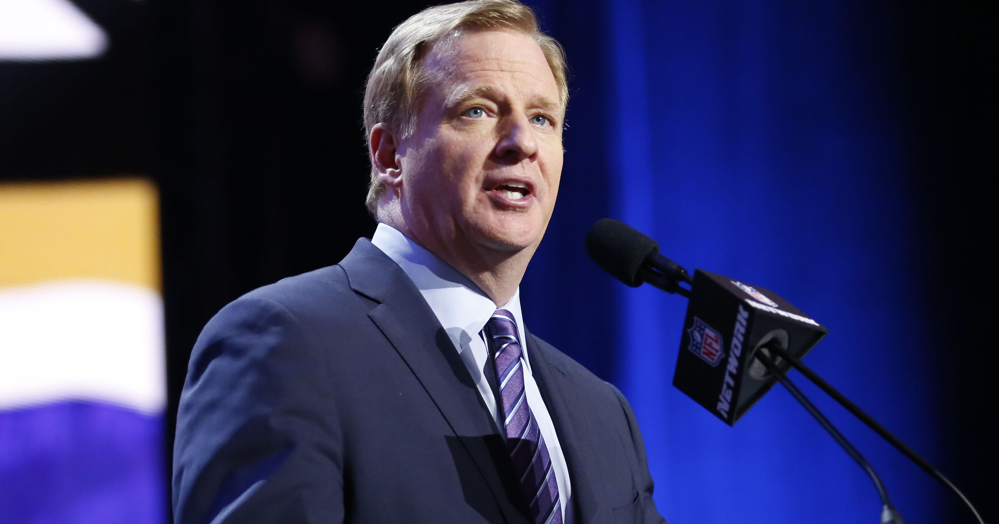 Roger Goodell's 10th anniversary: Could we see players strike?